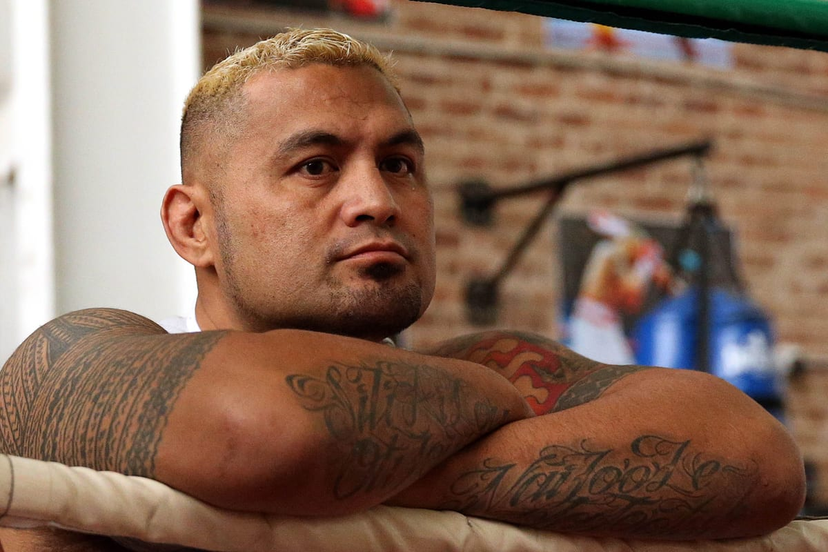 Report: Mark Hunt cleared by doctors for UFC return