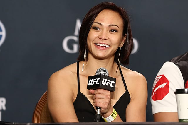 'I belong at the top': Michelle Waterson keen to prove she deserves main event status ahead of headline fight against Marina Rodriguez thumbnail