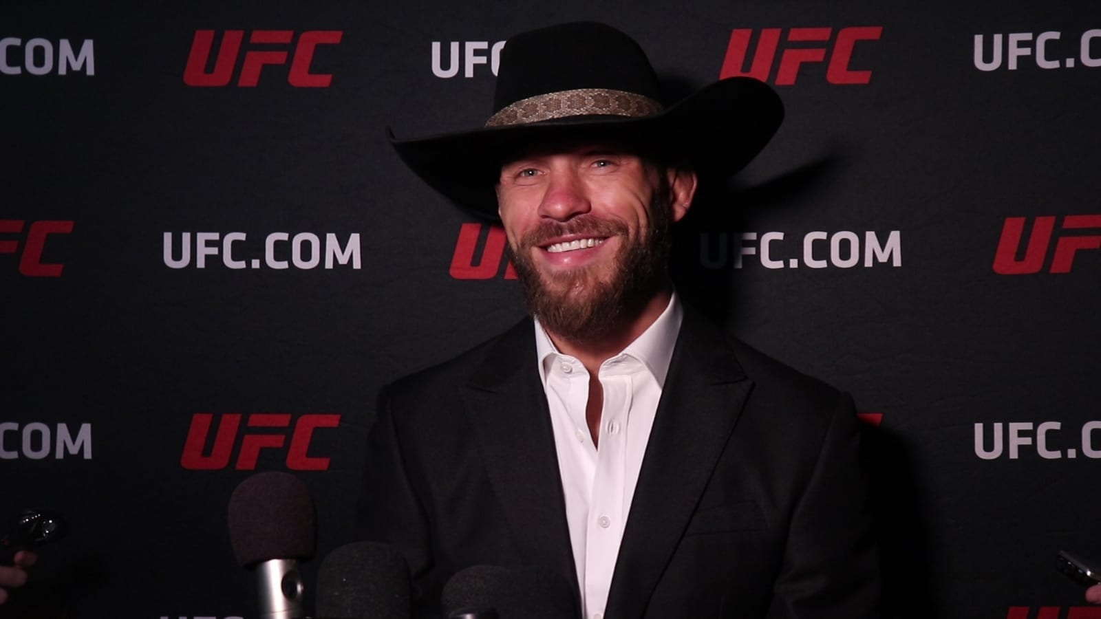 """Donald Cerrone on Diego Sanchez: """"He wants this to be his ride into the sunset, and I have no problem giving it to him."""" thumbnail"""