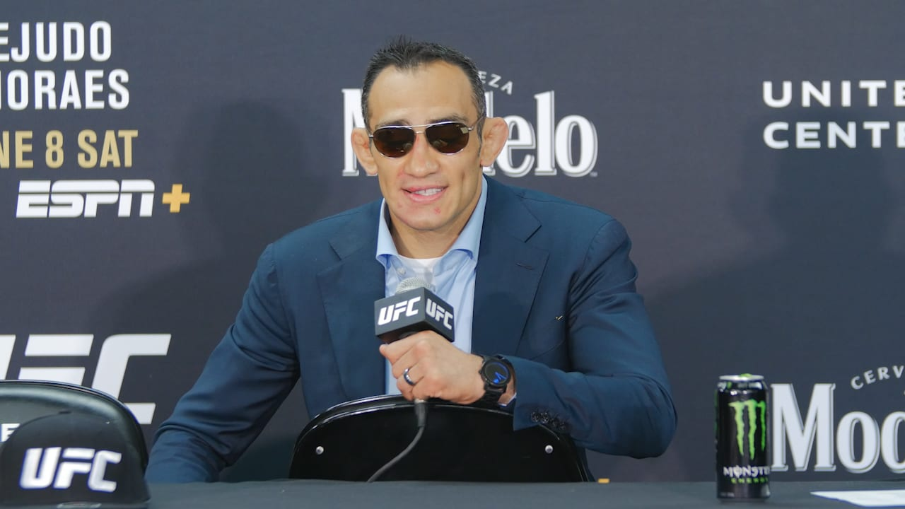 """<p>Tony Ferguson States Charles Oliveira""""was mentally broke in the first round"""" thumbnail"""