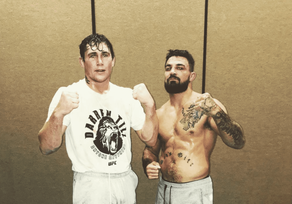 "Darren Till refuses to be drawn on Mike Perry spar:""That spar means absolutely f*ck all.  Jacksh*t."" thumbnail"