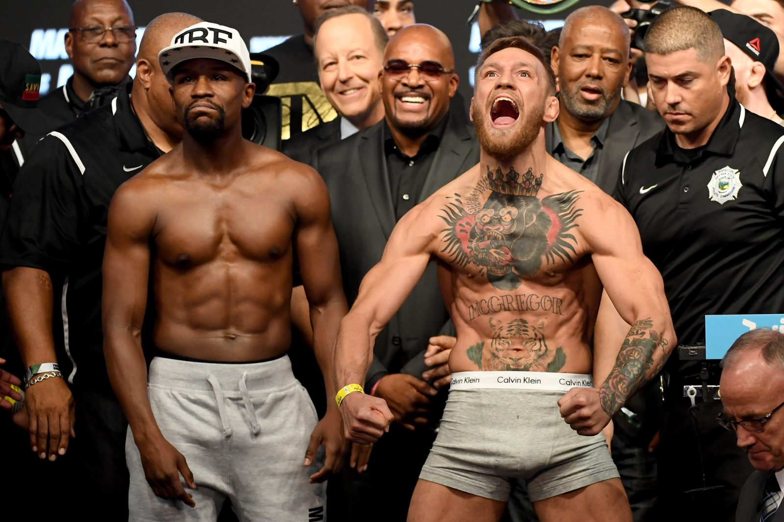 "Conor McGregor to Floyd Mayweather: ""Fight someone for real, on your record, or f*ck off mate"" thumbnail"